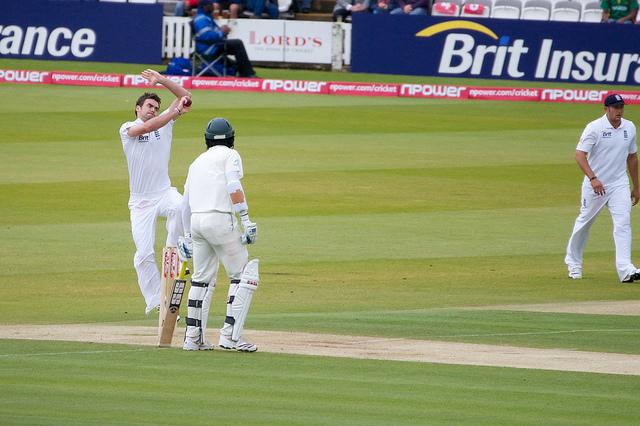 """England vs Bangladesh""(CC BY 2.0)byp_a_h"