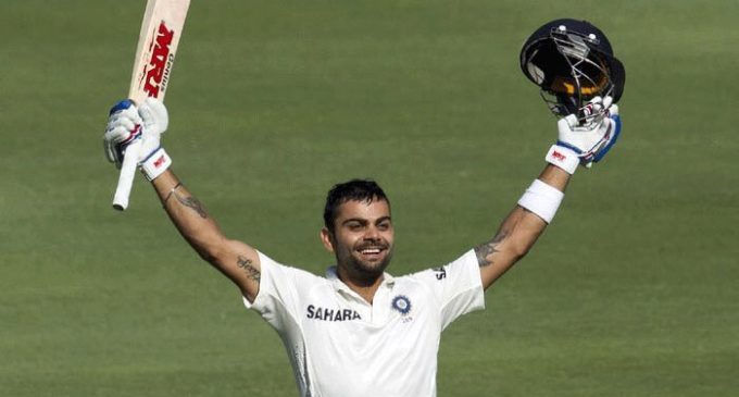 Kohli goes behind enemy lines to prepare for England clash