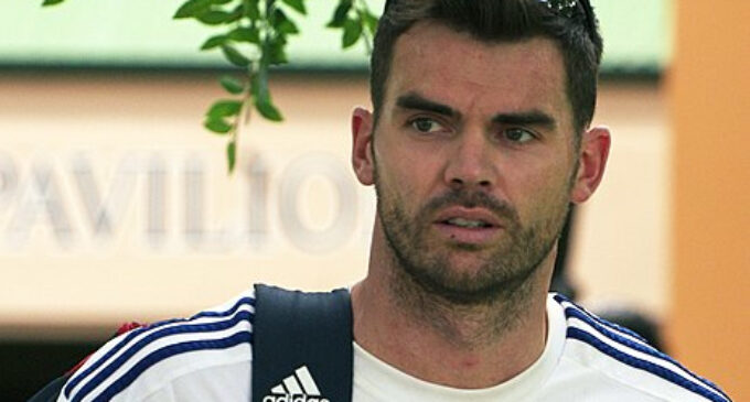 Should England Select James Anderson for the 2021/22 Ashes Series?